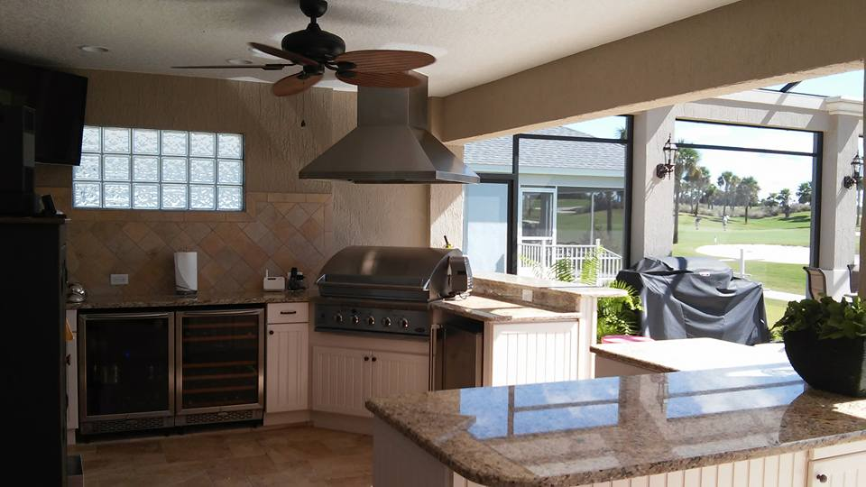 Beautiful, custom summer kitchens for your outdoor space.