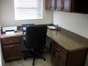 timberwood_home-office_granite_interior-design